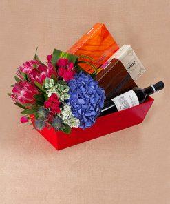 Premium Fresh Flowers Hamper (H18)
