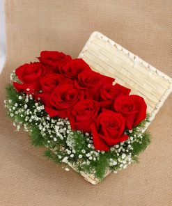 Roses in Box (R53)