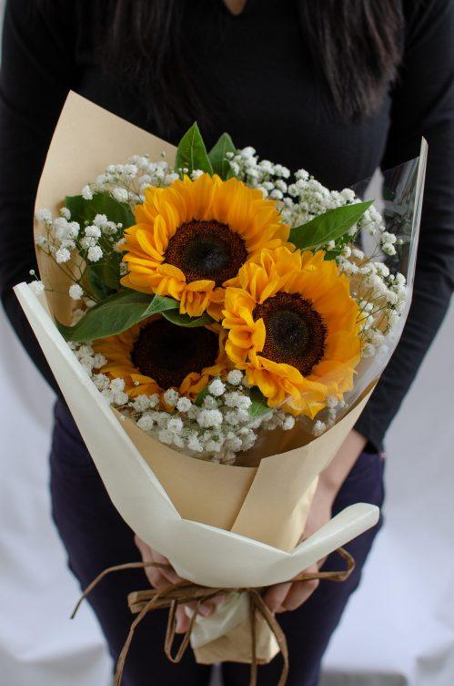 Alluring Sunflowers (S16)