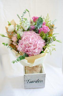 Premium Freestyle Bouquet – Rustic
