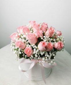 Flower Delivery Singapore, Pink Roses with Baby Breaths [R111]