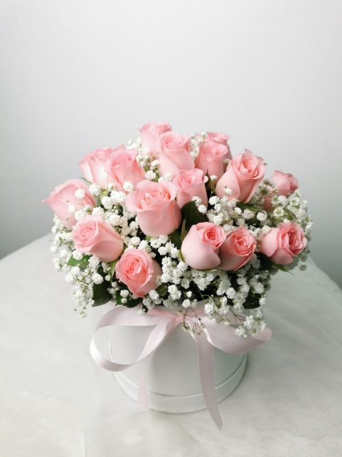 Pink Roses with Baby Breaths